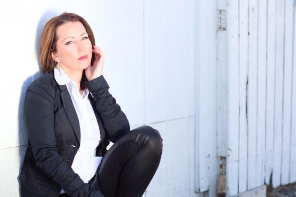 Singer/Songwriter Amy Kress releases
